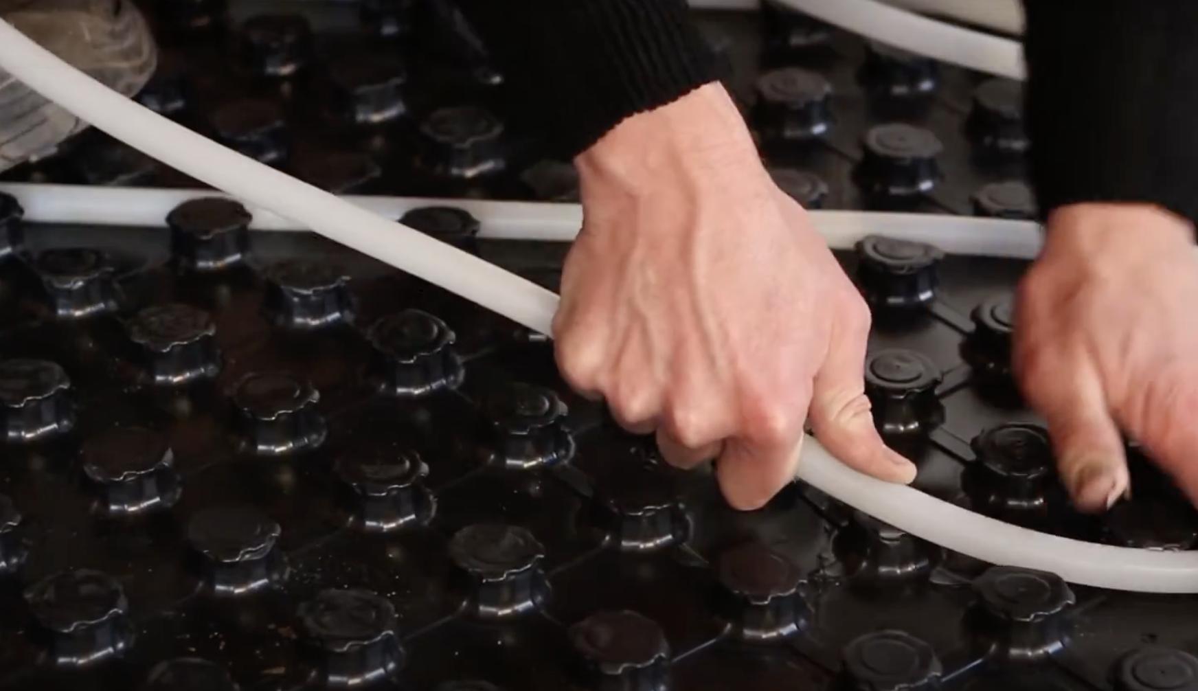 Waarom zelf vloerverwarming leggen?